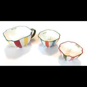 Pier 1 imports measuring tea cups, set of three